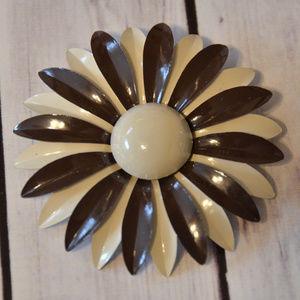 vintage tan brown enamel flower brooch pin